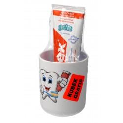 Elmex Pasta do zębów dla dzieci Junior + kubek 5-12 lat  75ml